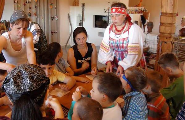 """Детский летний лагерь """"Подсолнух"""" в пушкинских горах Доброхоты"""