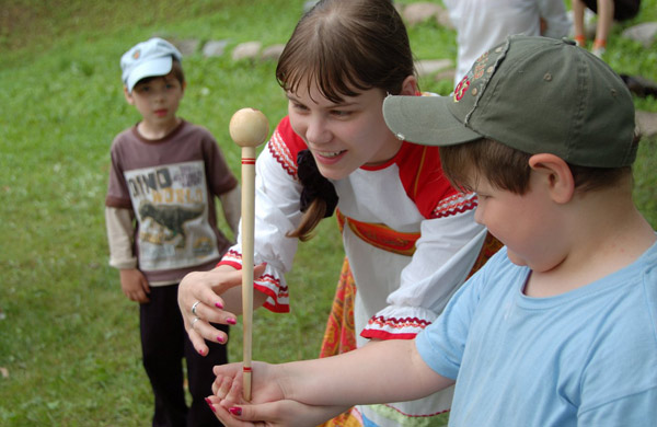 """Лагерь 2011 Детский центр инклюзивного образования """"Подсолнух"""""""