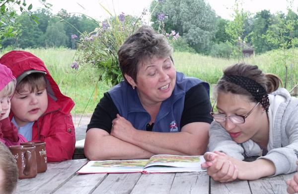 """Лето 2009 Детский центр инклюзивного образования """"Подсолнух"""""""